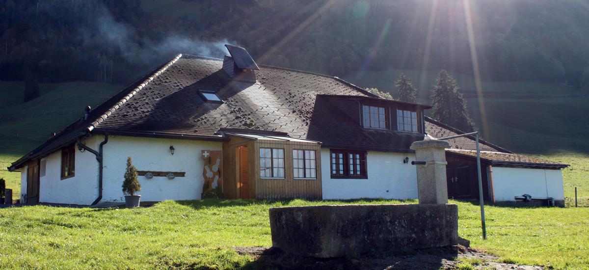 Buvette de montagne en Gruyère - AU Creux du Feu